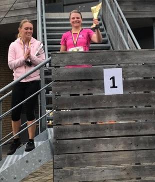 5km Damer: 1:a Ingela Stjärnvy, 2:a Sanna Kundmark, 3:a Sara Sjökvist (saknas på bilden)