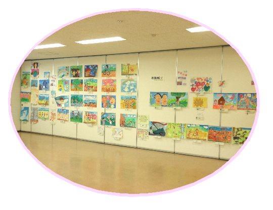 2010年「平和の絵」展示