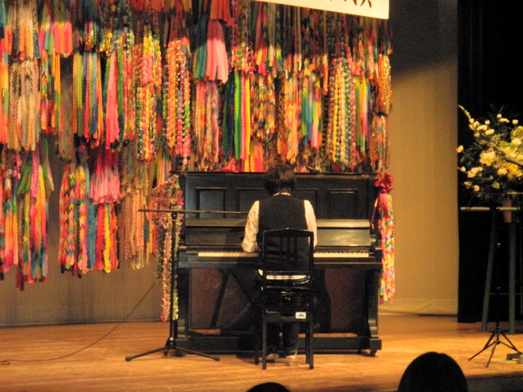 被爆ピアノ演奏 一般参加 Yumiさん
