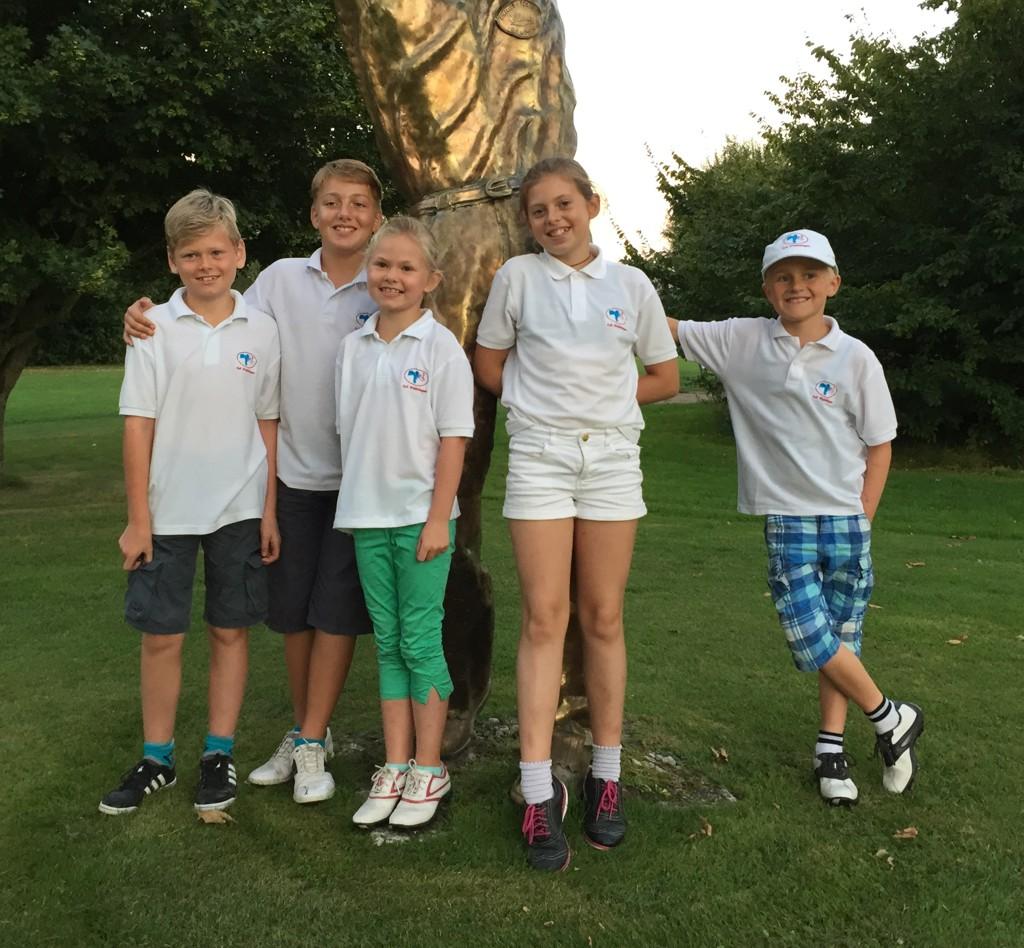 Die Mannschaft: Jarne, Jan, Rieke, Ella und Victor (Caspar und Christian fehlen auf dem Foto)