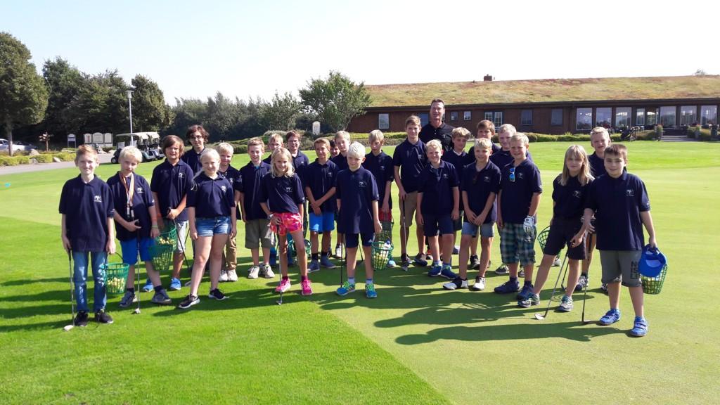 Die Teilnehmer der Golf AG mit unserem Pro Hermann