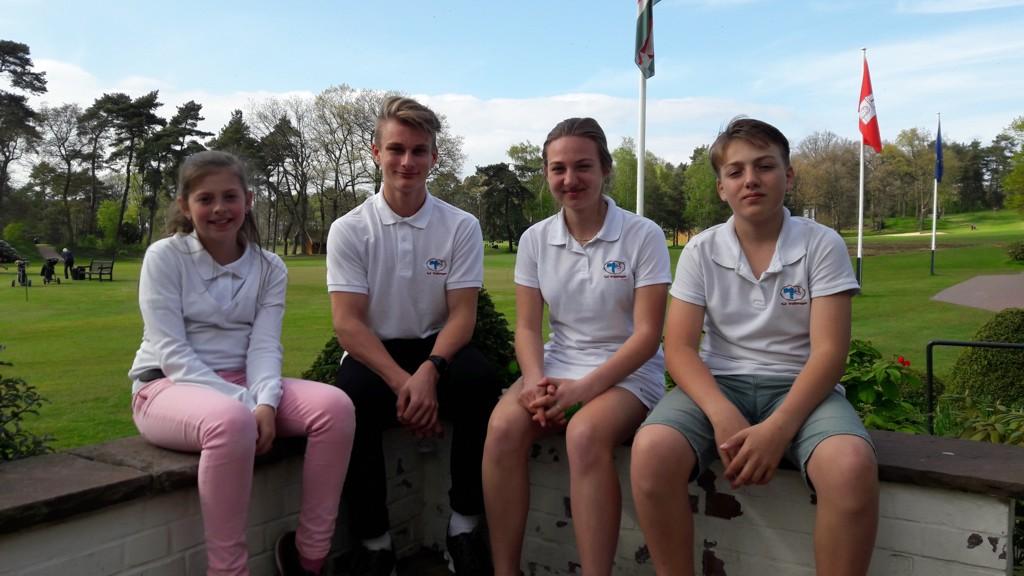 Unsere AK18-Mannschaft in Falkenstein: Ella, Nick, Lisa und Jan
