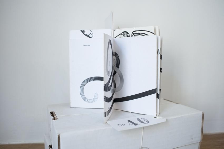 """""""Vide d'air"""", livre-objet conçu par Maurice Salmon, relieur, et Sarah Lang, graphiste et sérigraphe"""