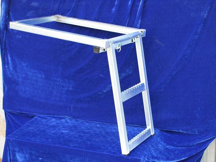 Лестницы выдвижная 2-х ступенчатая - цена 2090 руб./шт