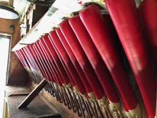 和ろうそく職人が全工程手作り 寺院用の朱和ろうそく まもなく完成