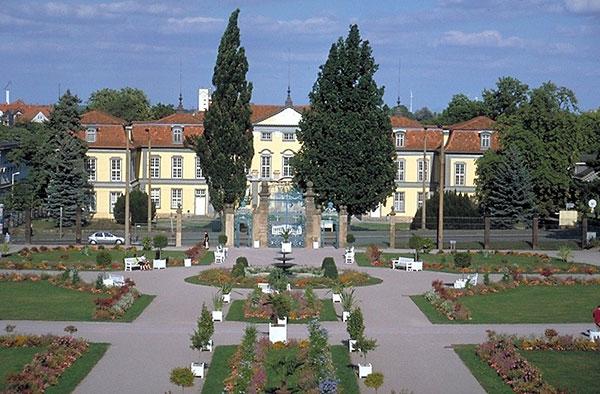 Schloß Friedrichsthal