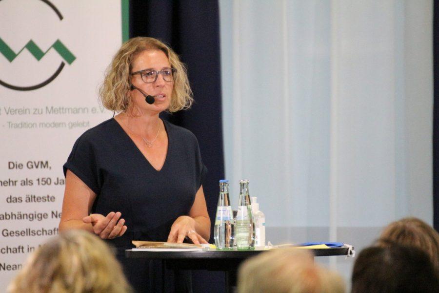 Mettmanner Jugendrat: Zwölf Fragen an Bürgermeisterkandidatin Sandra Pietschmann