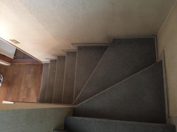 Before 階段