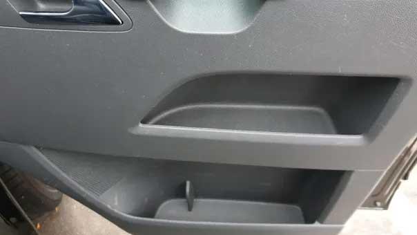  Außenaufbereitung  Innenraumreinigung  Komplettaufbereitung  Lackpolitur  Nanoversieglung  Keramikversieglung  Geruchneutralisierung  Innenraumdesinfektion