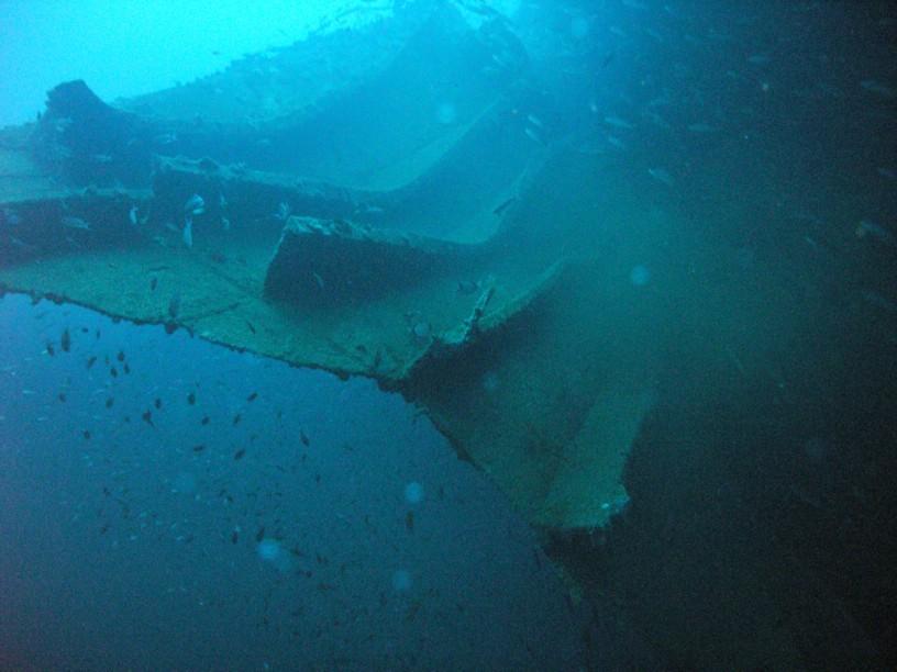 Explosionsloch auf ca. 65m Tiefe