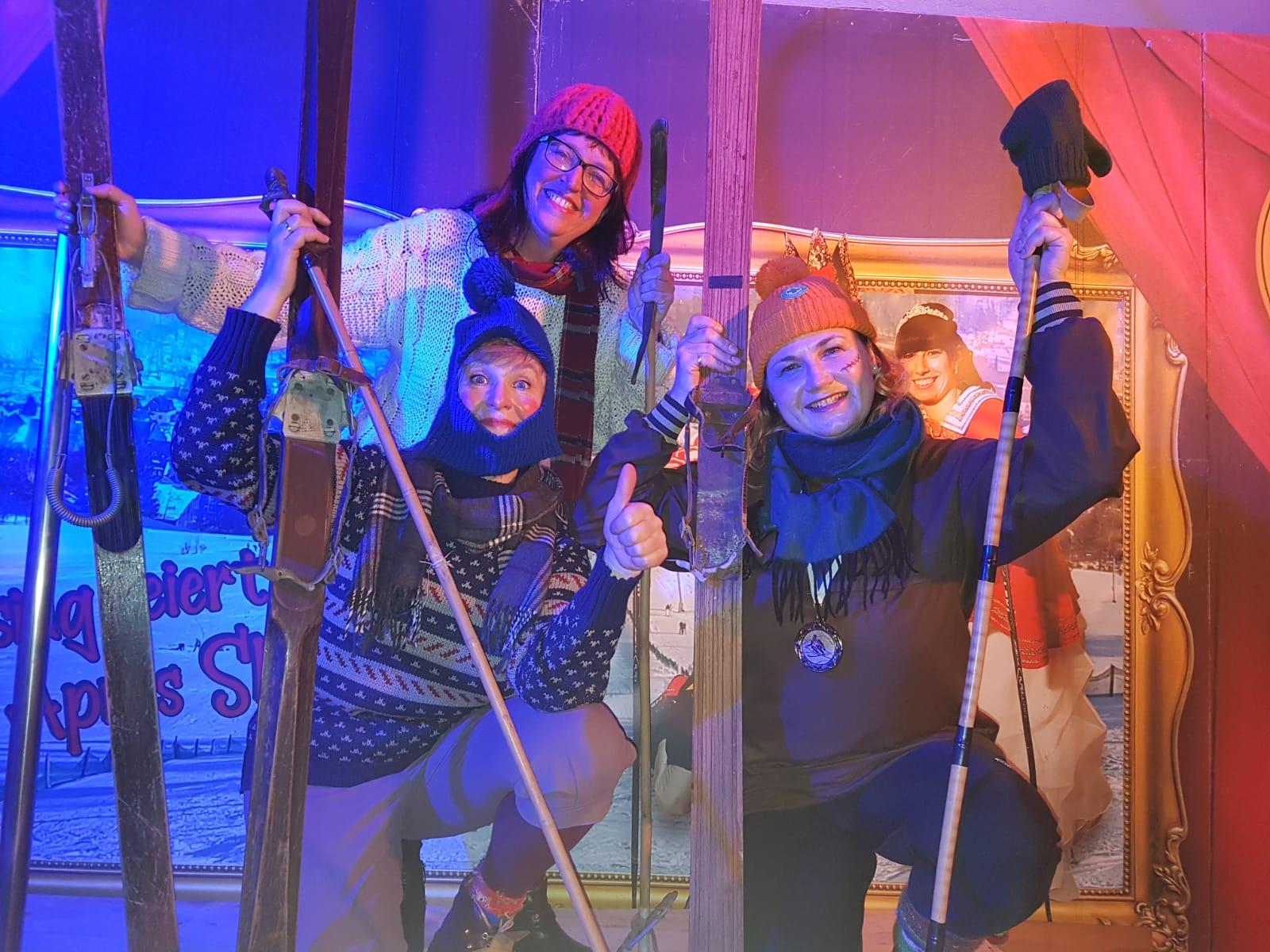 """wir als """"Geisinger Grazien"""" zum Ski- und Eisfasching"""