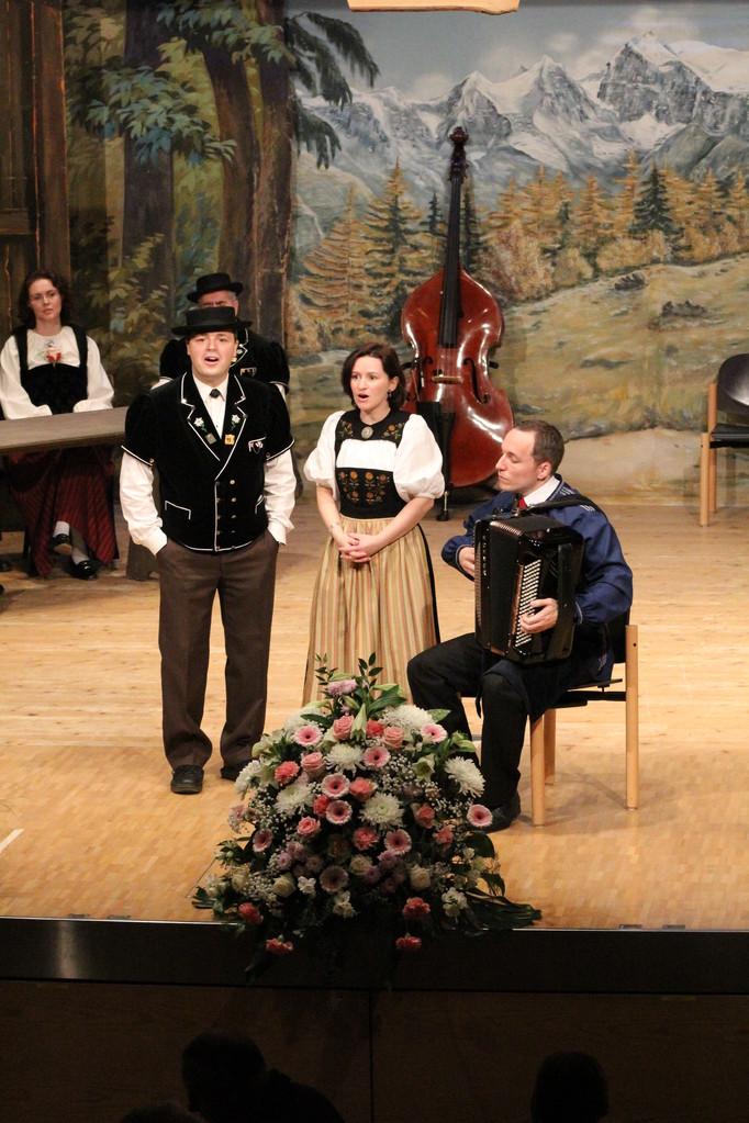 Duett M. Gerber / M. Frei, Handorgelbegleitung Roland Müller