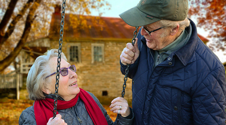 old people in love