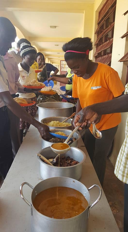 """Das """"Dankeschön Essen"""" für alle Lehrer und Angestellte"""