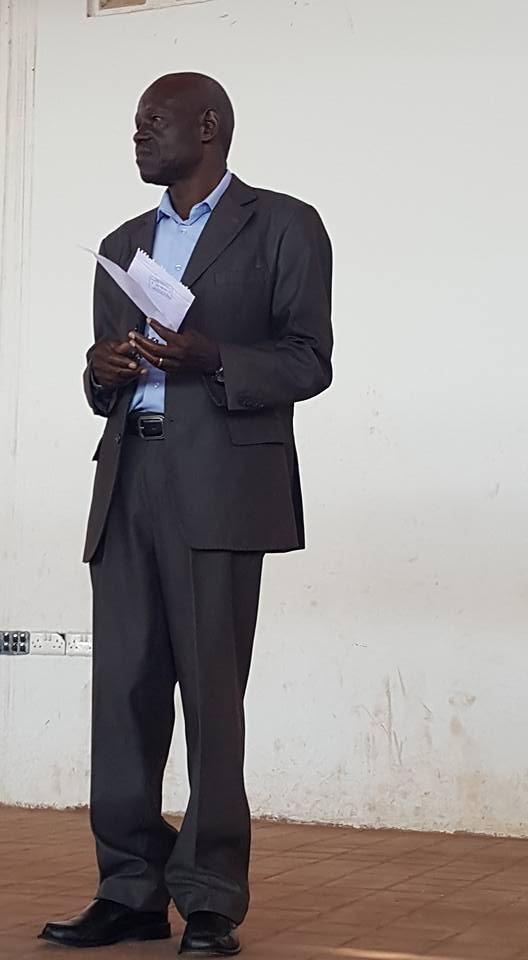 Der Headmaster für die Secundary School Wandera
