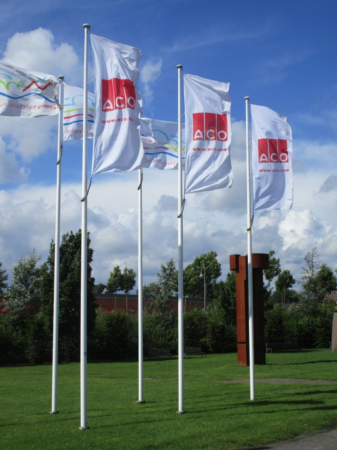 Flagpoles/Flags