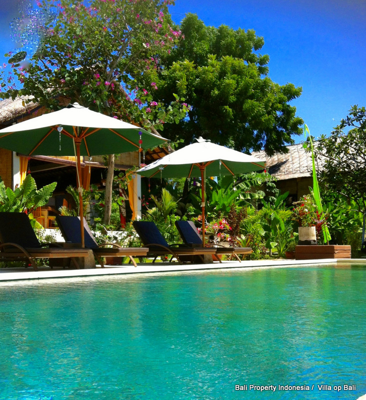 Guest house with 6 bedrooms for sale at North East Bali, Tulamben. Direct contact with owners.