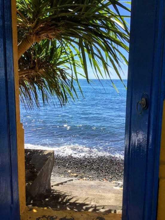 North Bali beachfront villa for sale. Direct contact owner