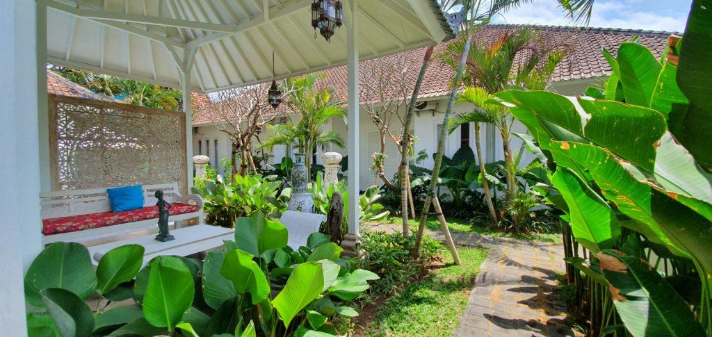 Sanur rooms for rent. Bali villa for rent by owner.