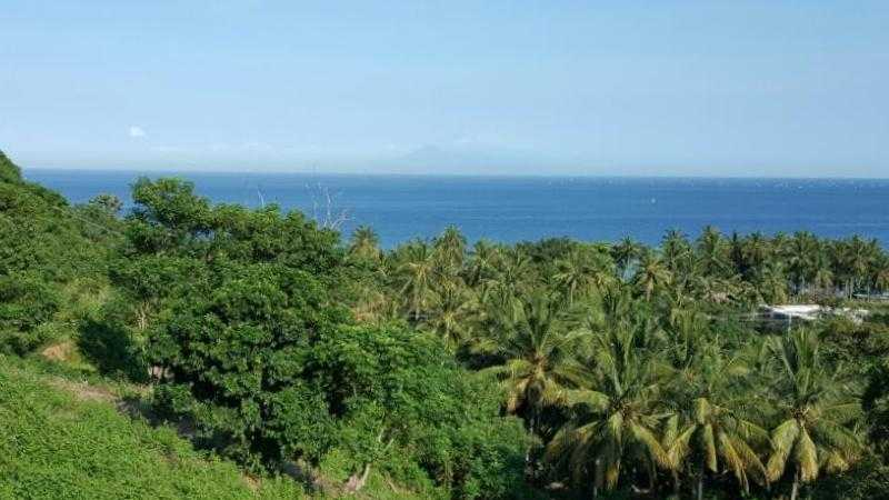 Land for sale near Senggigi, Lombok. For sale by owner