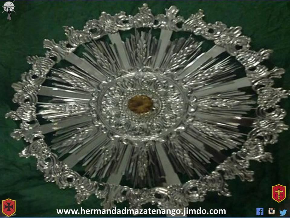 Presentación de la nueva corona y Resplandor en Sesión de Hermandad de Jesús Nazareno de Las Misericordias Y Señor sepultado de La Paz! Año 2013