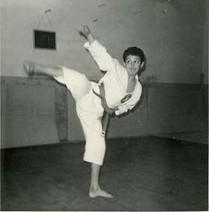 Young Sensei Camillini performing Yoko Geri