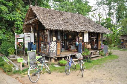 Das Umland von Pai mit dem Fahrrad zu erkunden lohnt sich.