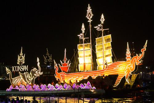 Lichterfest auf dem Chao Phraya
