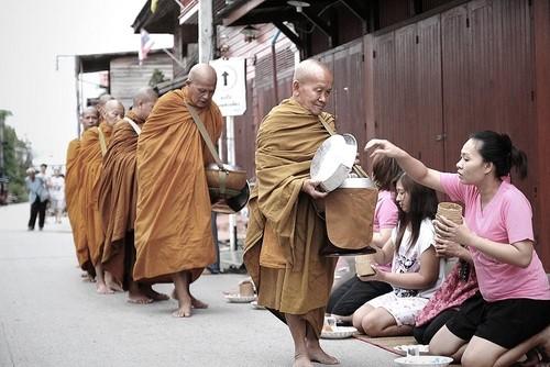 Mönche in Loei