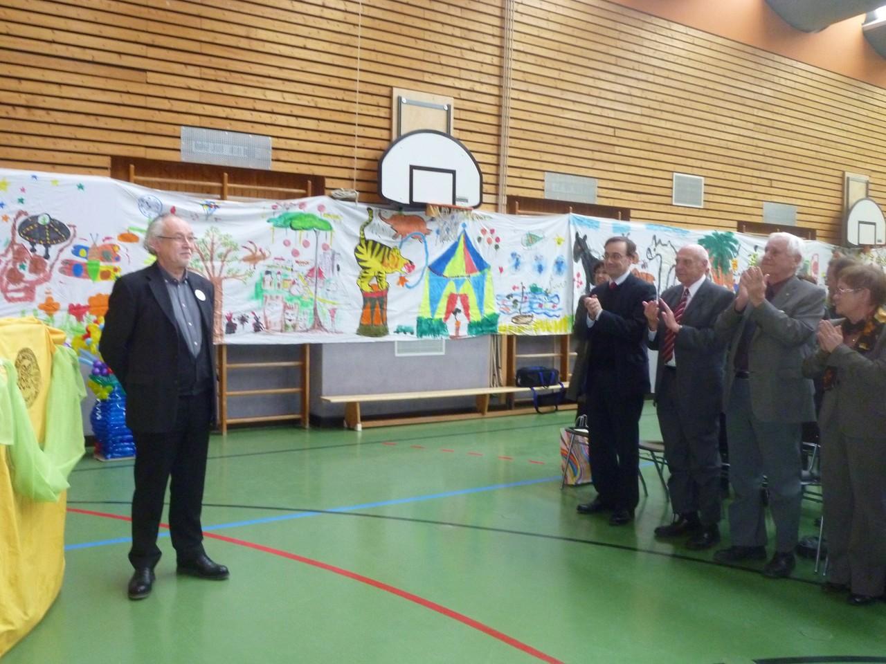 Foto O. Kindermann, Standing ovation erhält Herr Blaum zum Ende seiner Ausführungen