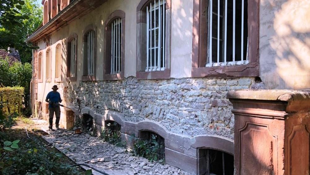Travaux bâtiment du XVIII ème de Niderviller