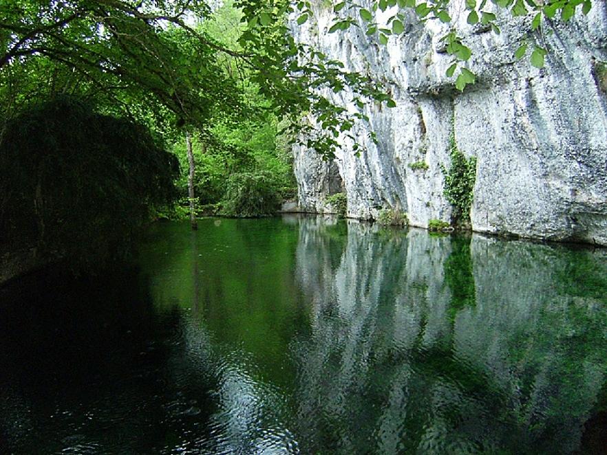 petit Lac dans le Lot