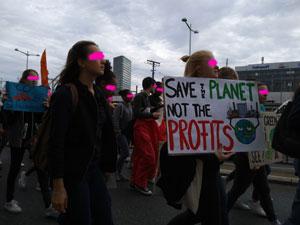 Bild: Earth Strike Demo am Gürtel. Quelle: PS