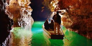 Camping Les Trois Sources Vallées Lot Dordogne - Visitez le Gouffre de Padirac - Visite guidée en barque