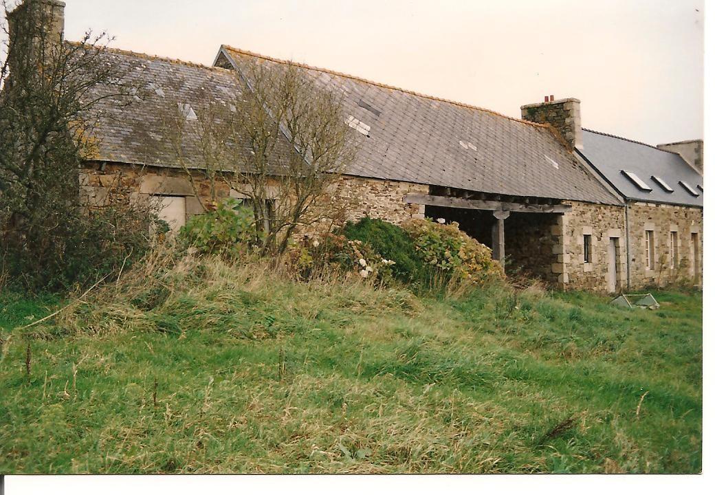 Le Fournil sous la végétation ... en 1993 ...