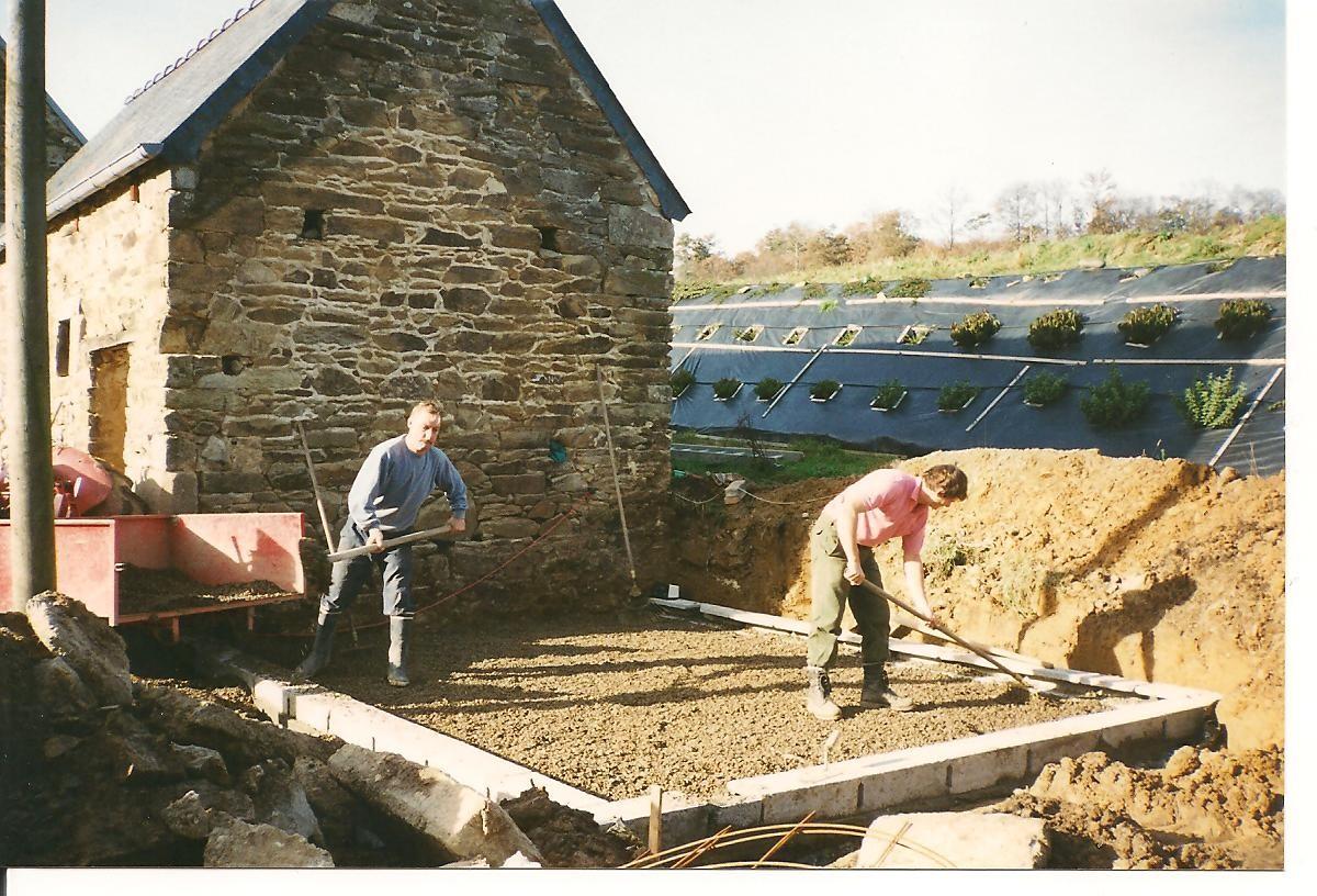 Préparation de la dalle ... pour l'extension ... 1995