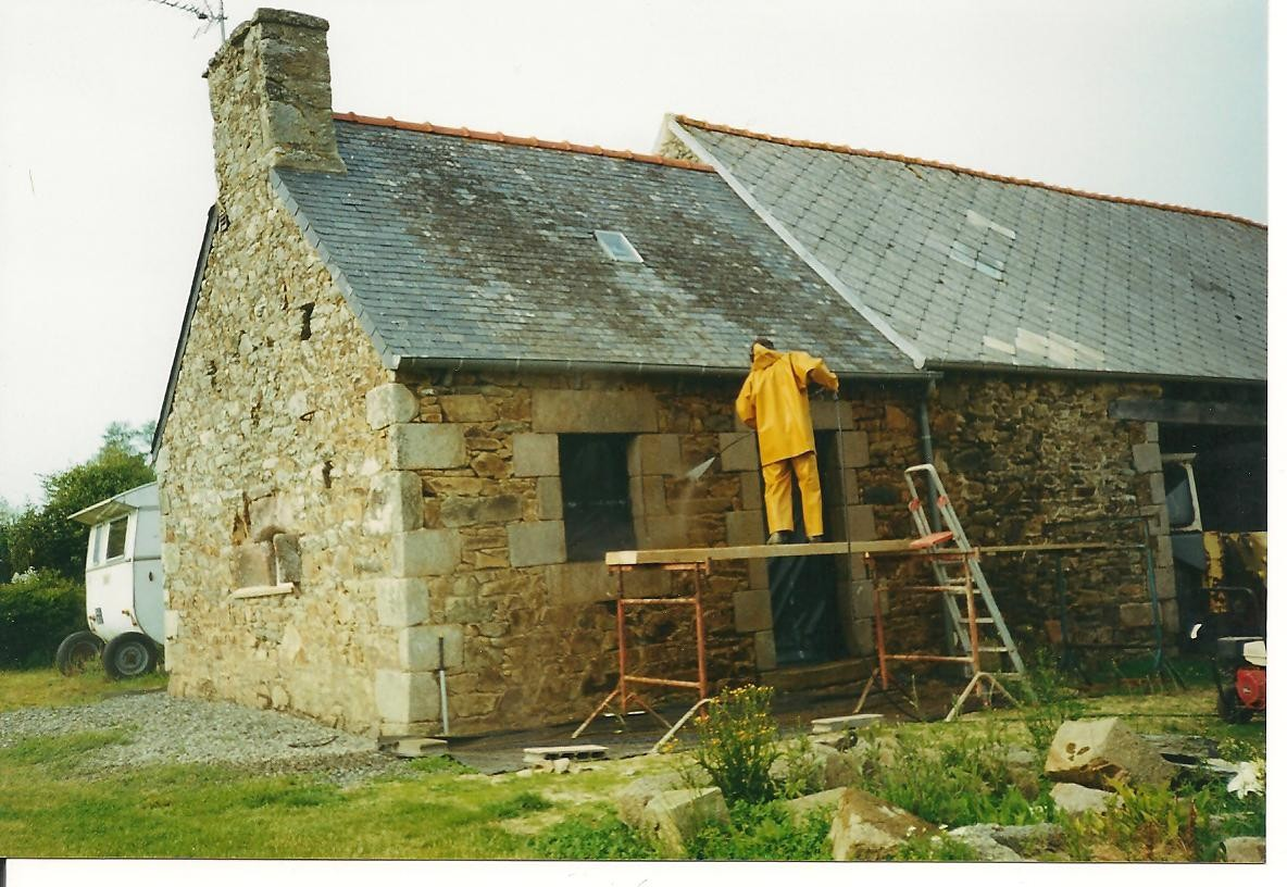 Nettoyage de la façade ... en 1994 ...