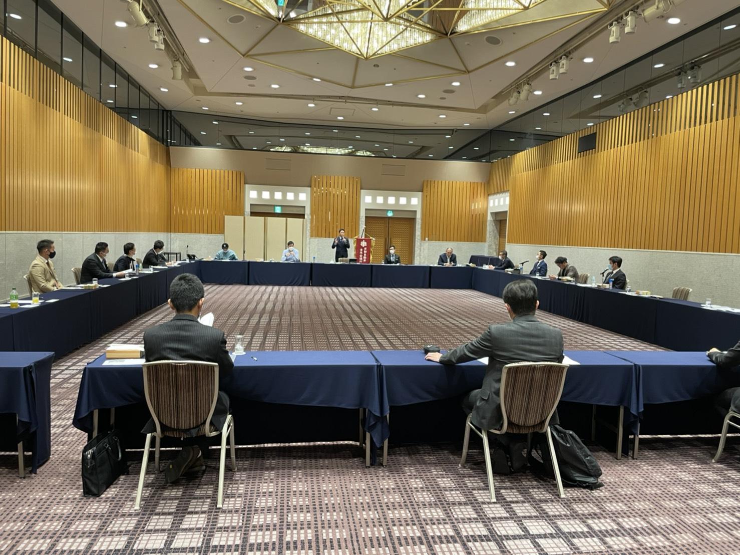 AJAが新旧合同理事会を開催