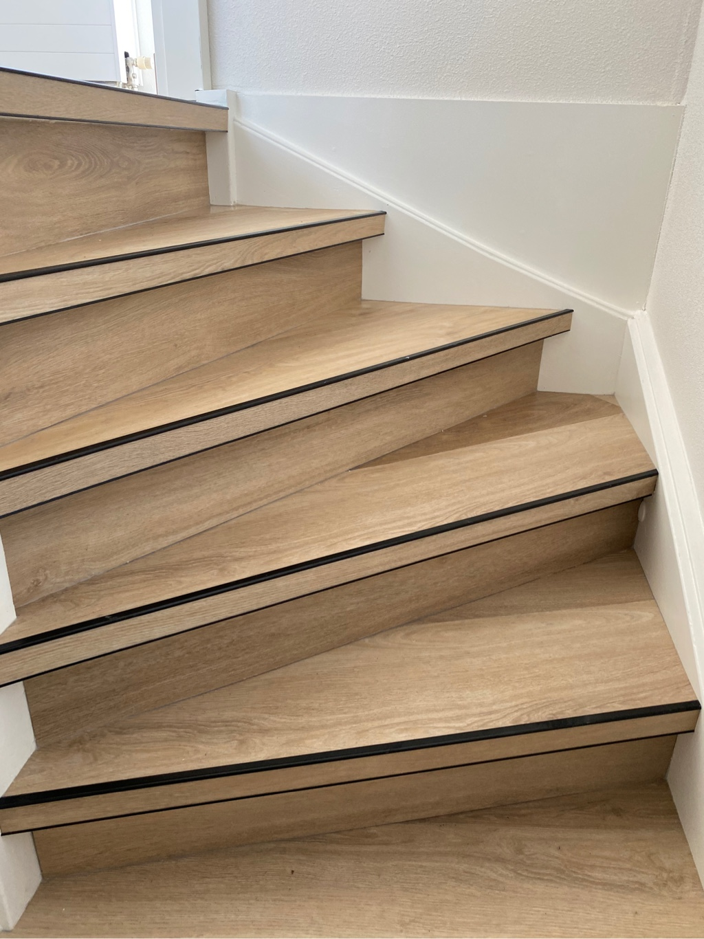 2 x 16 treden Comfort+ Plak-pvc i.c.m. 70 m² 6850 Oak te Almere