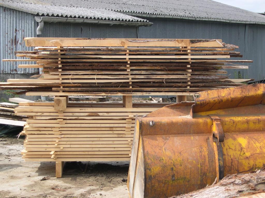 Lot de bois prêt à être expédié