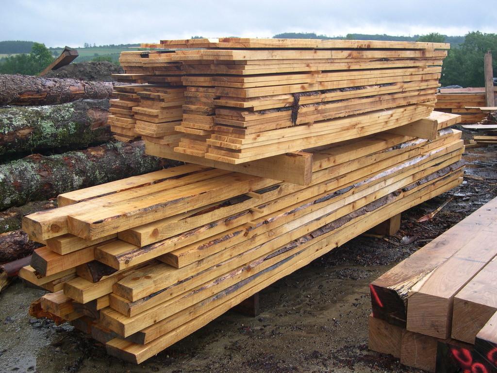 Autre lot de bois prêt à l'expédition