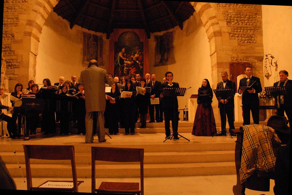 """""""Attila"""" - da sin: D. Candiotto al pianoforte, F.Silvestri alla direzione del coro, C.Ricci, F.Micarelli, P.Buttol, G.Breda, A. Ceron"""