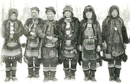 Эвенские женщины.