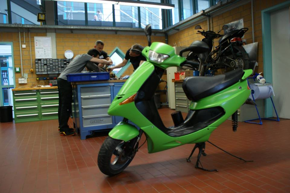 Converting combustion motorbikes to electric drive - motorEcycle