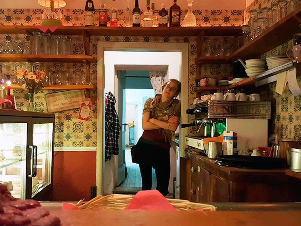 Gastronomin Katharina Assies, Inhaberin und Geschäftsführerin von Arinas Café