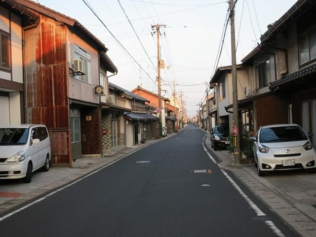 大津街道を歩く
