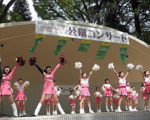 地域のお祭りに年2~3回出演