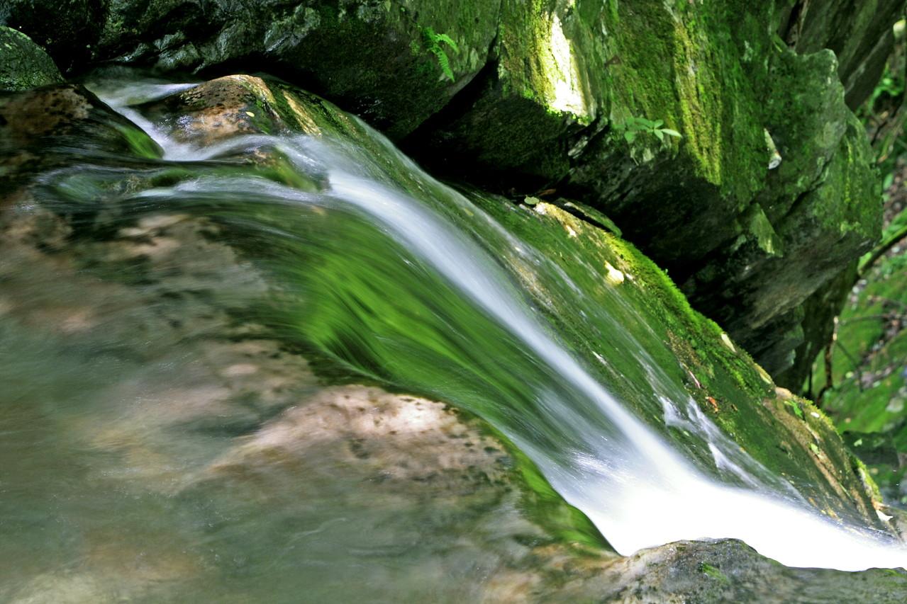 山梨市・徳和渓谷 夢窓の滝