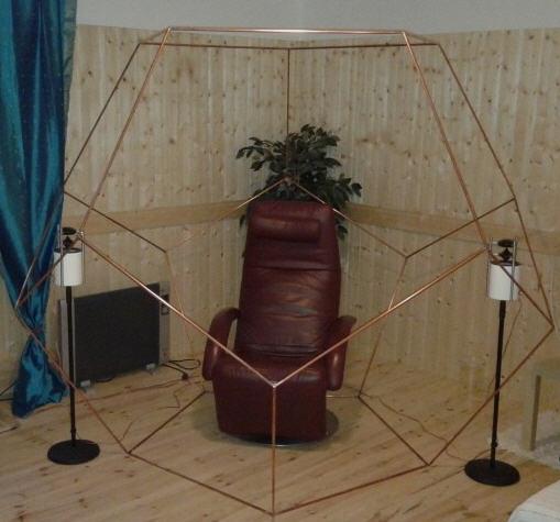 Foto: Dodekaeder in den eigenen Räumen als geschützter Meditaionsplatz, Einkehr Stille, Ruhe finden