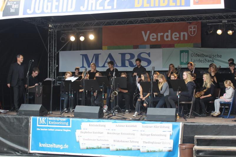 Eröffnung der Veranstaltung mit der Bigband des Bismarckgymnasiums Hannover                   Bild: M.Staedler